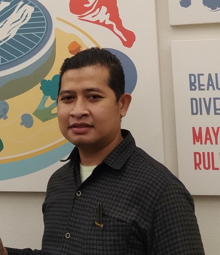 Rahmat Fitrianto outlet manager dari Social Pot yang telah terbantu dengan aplikasi POS restoran Moka karena berbagai fitur khusus untuk pengaturan restoran yang tersedia di dalamnya