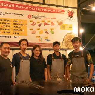 The Simongol Fried Rice business owner, which is viral because of the unique way of cooking, has been helped by the Moka restaurant POS application