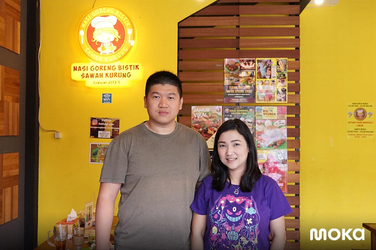 Dua pemilik Nasi Goreng Bistik Sawah Kurung yang sukses berjualan kuliner menggunakan jasa Moka